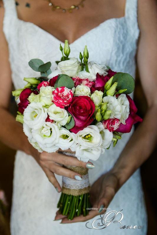 """Сватбена агенция """"Финес"""": Денят на встъпването в тайнството на брака е най-специалният за всички влюбени двойки и като такъв заслужава изключително тържество"""