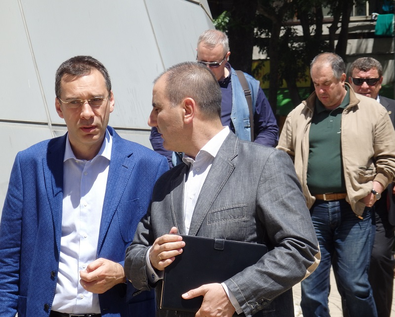 9 от 13 кметове на ГЕРБ в Бургаско е за пример,  отчете Цветан Цветанов