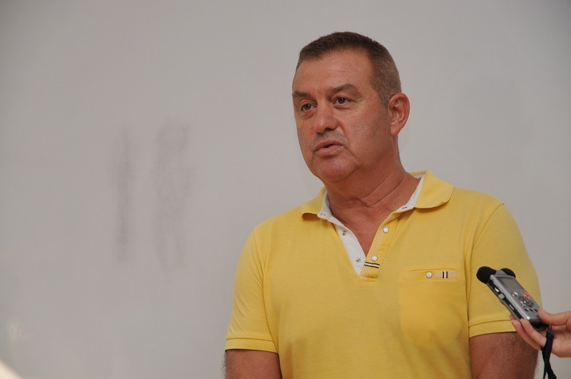 Декан от БСУ повежда листата на МИР в Бургаско