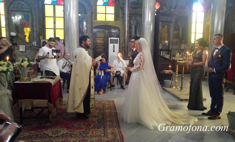 Седемгодишното чакане свърши: Габи и Антон минаха под венчилото