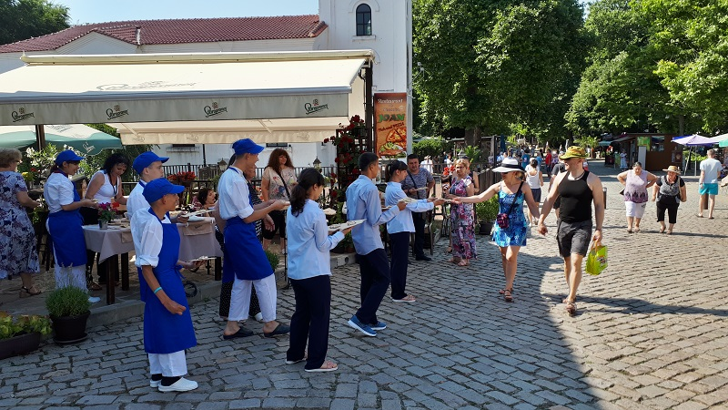 Младежите от дома в Атия показаха кулинарни умения