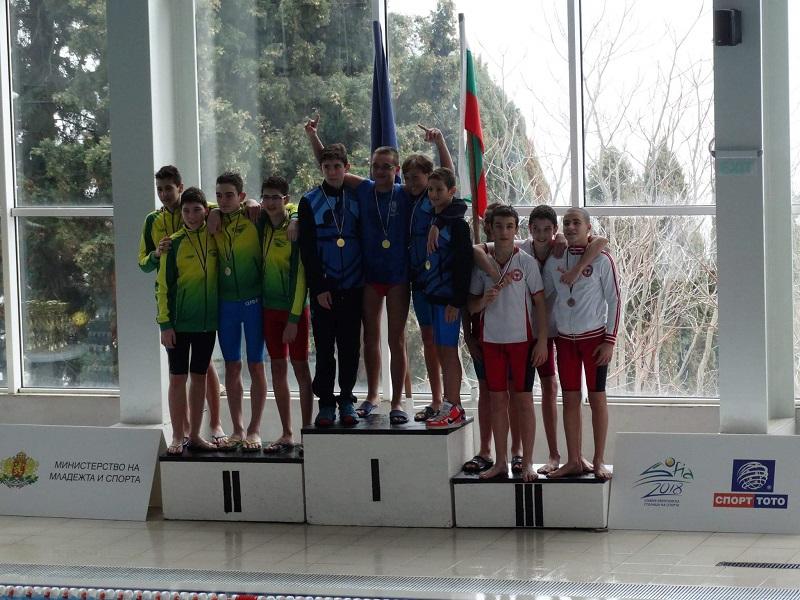 Купа и 7 медала за плувците на Метропол