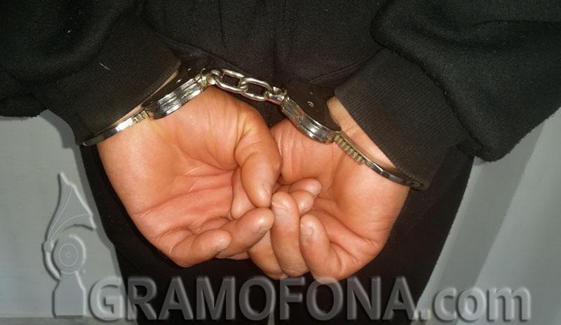 Зрелищен арест на пътни полицаи в Благоевград