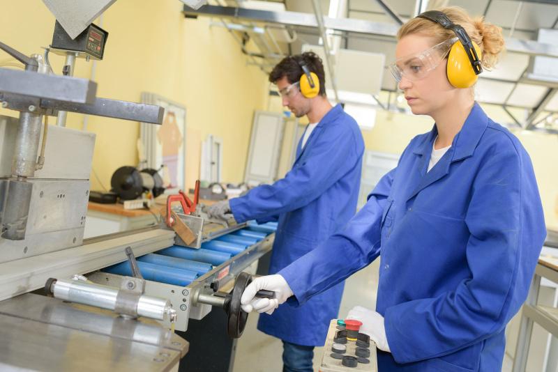 100 млрд. евро помощи за временна заетост одобрява Евросъюзът