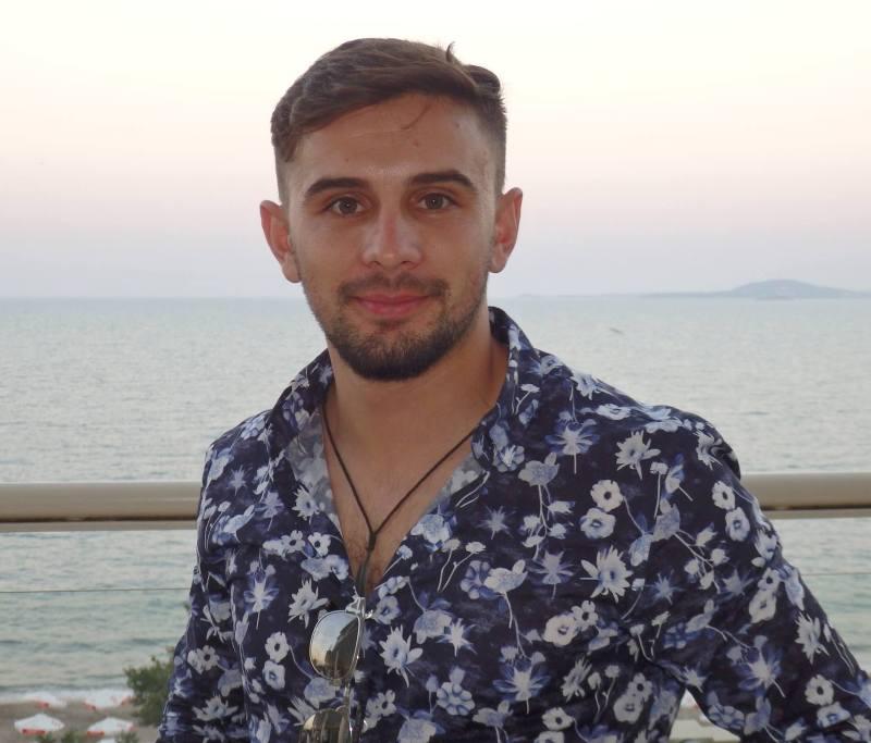Бургаският стилист Халил Мехмед: Брадата е гримът на мъжа