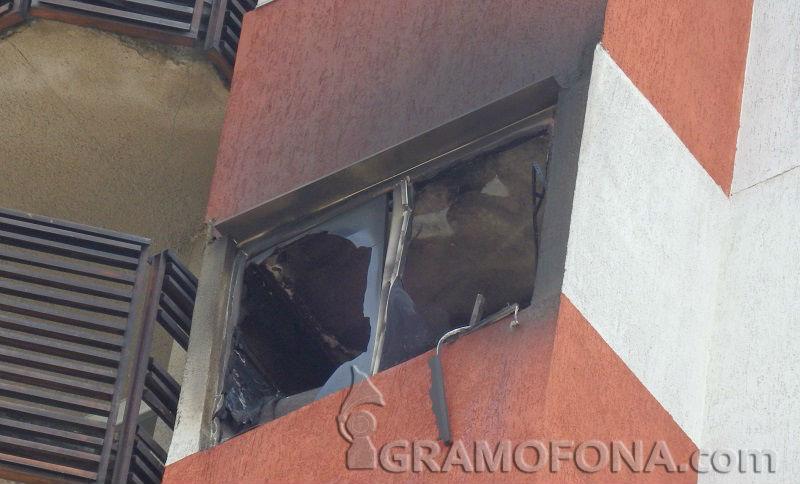 Печка подпалила апартамента в Братя Миладинови, измъкнаха момчета от там