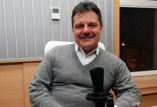 Д-р Симидчиев: Ако носим маска ще имаме лека зима, защото ще намалее честотата и на класическия грип