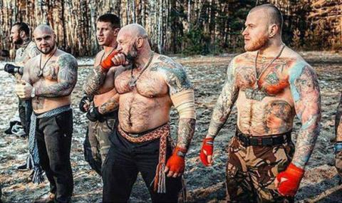 Руските хулигани: Гейовете да не идват в Русия!
