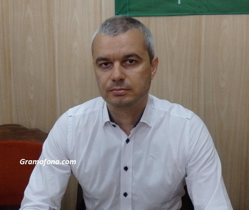 Костадин Костадинов, Възраждане: България дава повече на Европейския съюз, отколкото получава