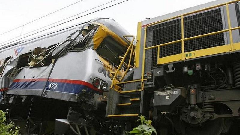 Тежка катастрофа между два влака в Белгия