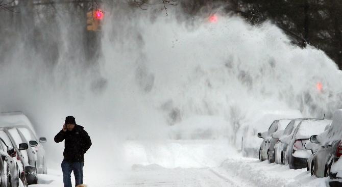 Мощна буря и студ в САЩ, един човек загина