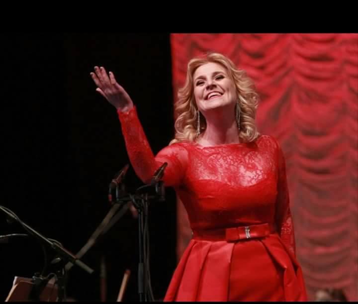 Бургаската оперна прима Мария Цветкова – Маджарова музикант на годината