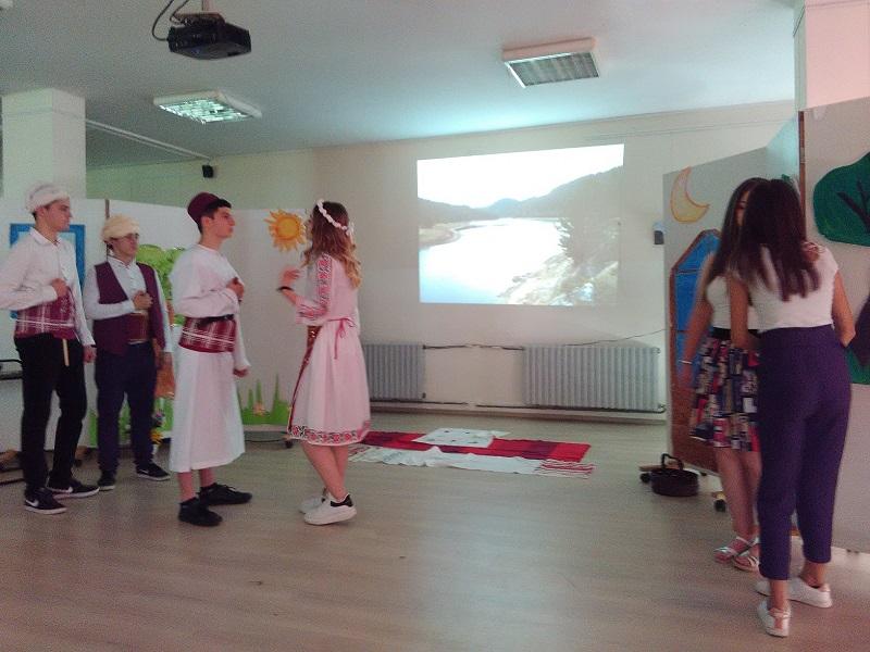 Училищен театрален фестивал започна в Английската гимназия
