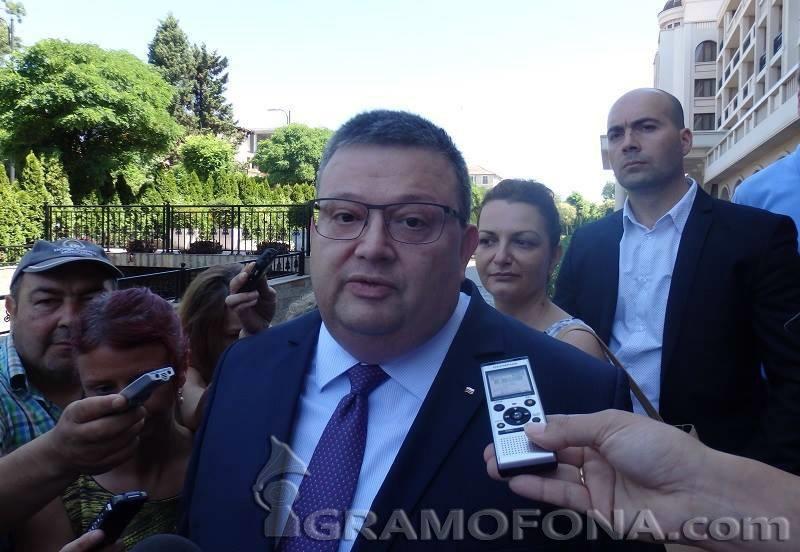 Главният прокурор разпореди незабавна проверка в агенцията по храните
