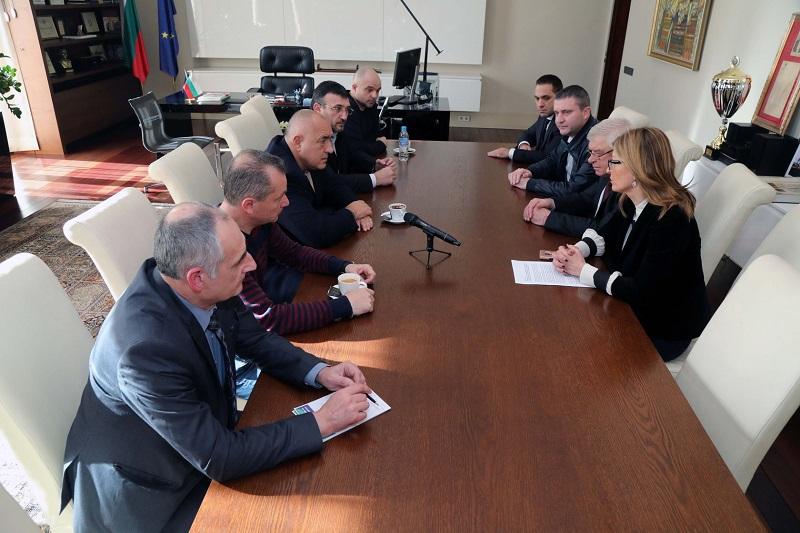 България обяви 4-та степен на предупреждение за опасност заради новия коронавирус