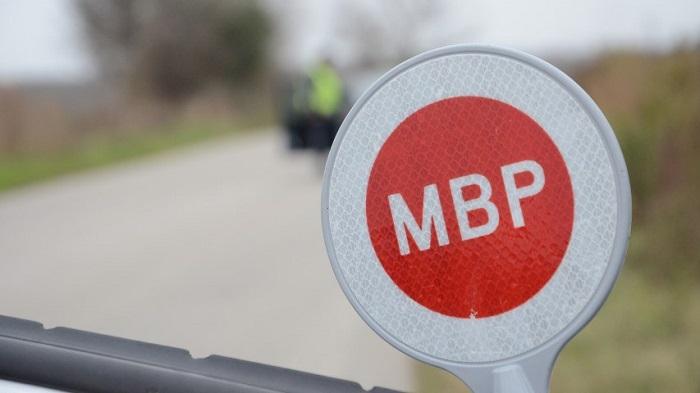 Затвориха пътя Айтос – Ябълчево заради аварирал камион