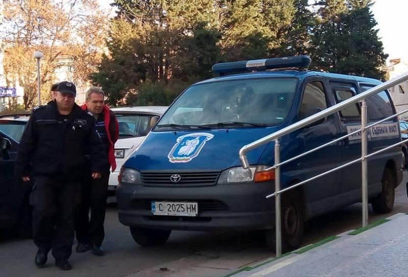 Апелативният съд ще решава утре сутрин дали Владимир, който уби велосипедист в Приморско, остава в ареста