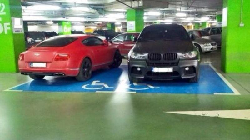 Полицията започна операция срещу паркиране на места за хора с увреждания