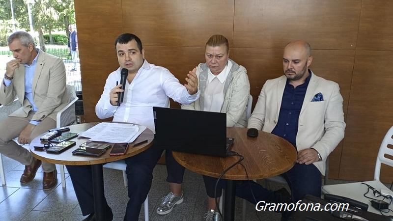 Бургаски съветник жали докладна, с която общински път в Отманли става частен