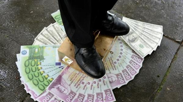 Осемте най-богати в света държат капитала на половината население на Земята