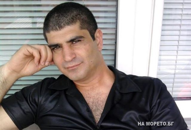 42-годишният Артуш е мъжът, който тази сутрин издъхна в центъра на Бургас