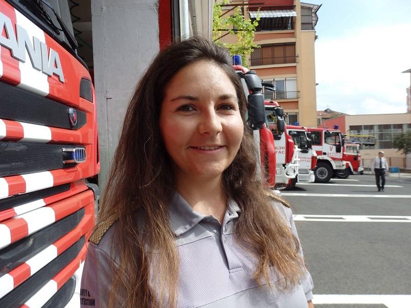 Колежка за бургаските пожарникари: Те са грижовни, подкрепящи и услужливи