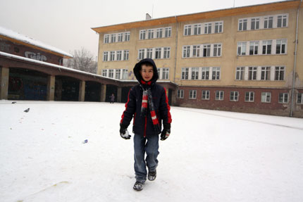 8 училища в Бургаско остават затворени и днес