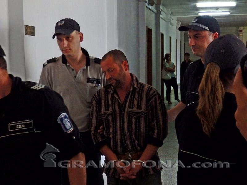 18 години затвор за Динко, убил и изгорил трупа на Бехчет от Айтос