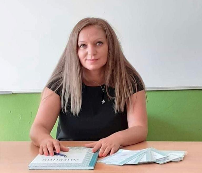 Именичката Иванка Косева: Добрият учител се раздава на учениците си еднакво и в класната стая, и пред екрана