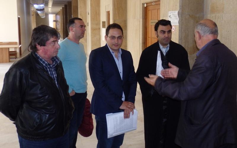 Кандидат-кмет доказва пред съда, че 6 години живее в Бургас