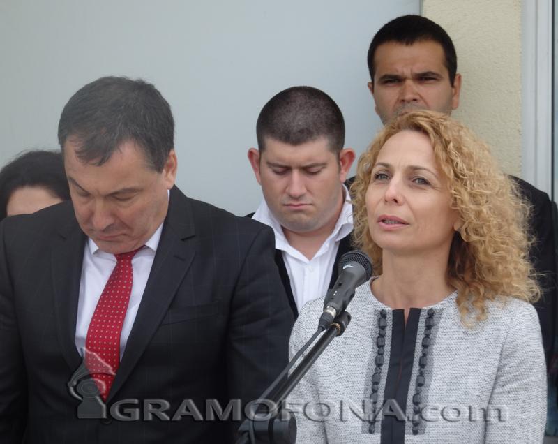 Атанаска Николова се прибира в Бургас
