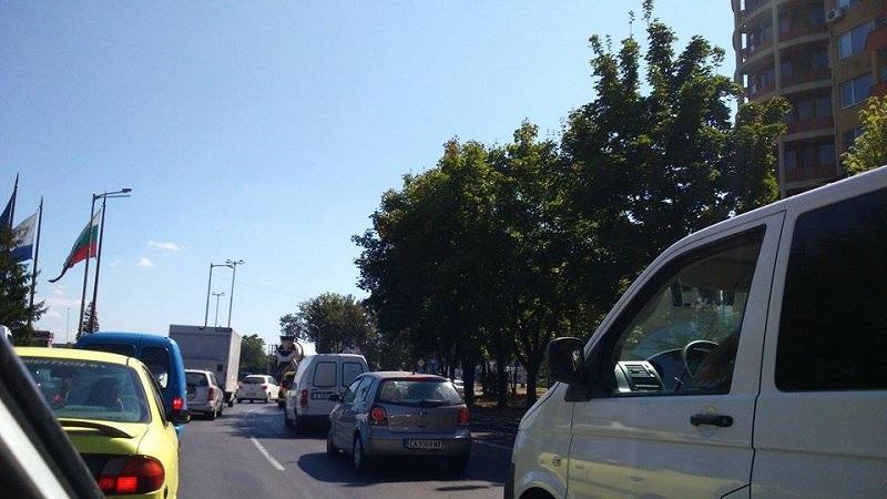Задръстване между Ахтопол и Синеморец
