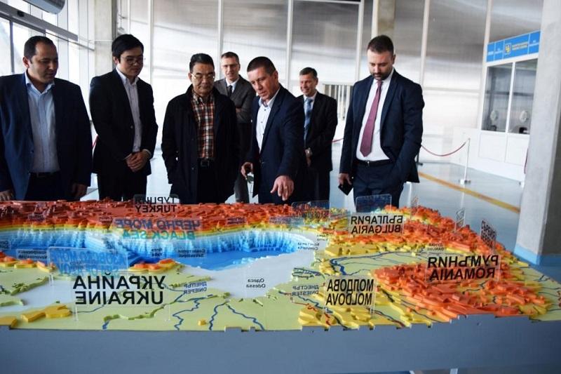 Бизнес делегация от Китай посети пристанището