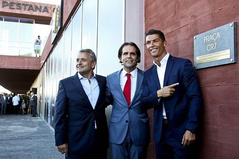 Роналдо откри първия си хотел, кръсти го CR7