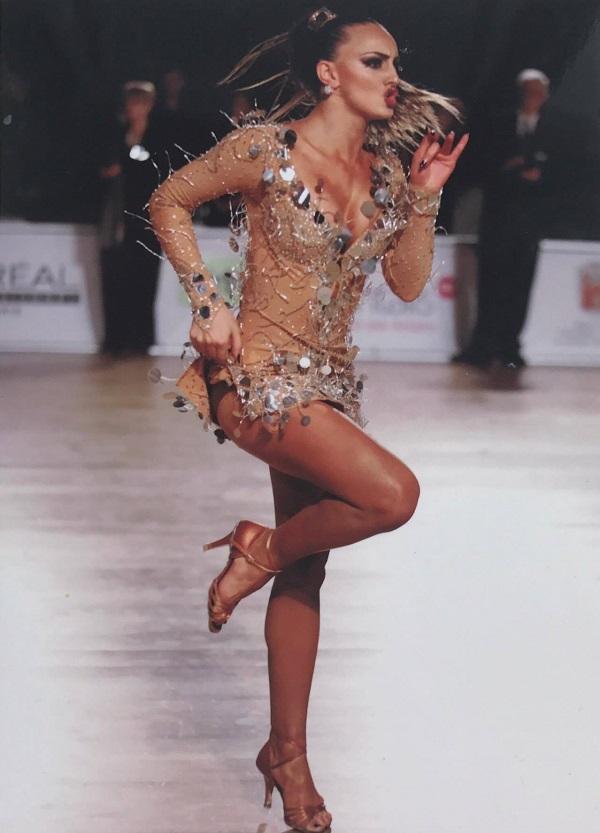 Поморийка ще покорява света със спортни танци