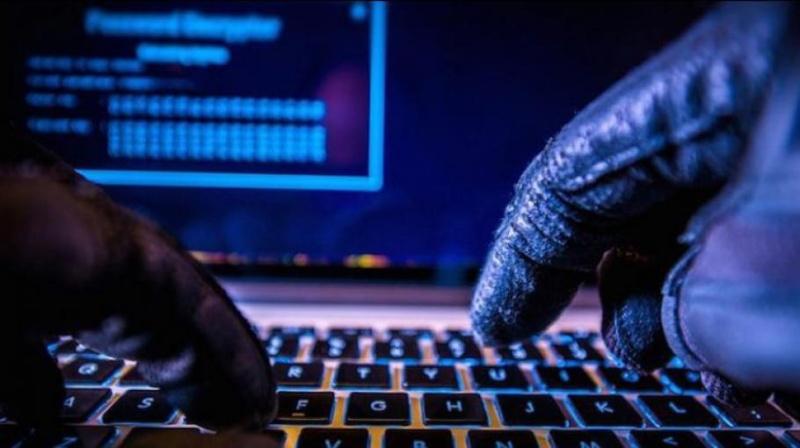 Арестуваха българи при мащабна операция срещу киберпрестъпници