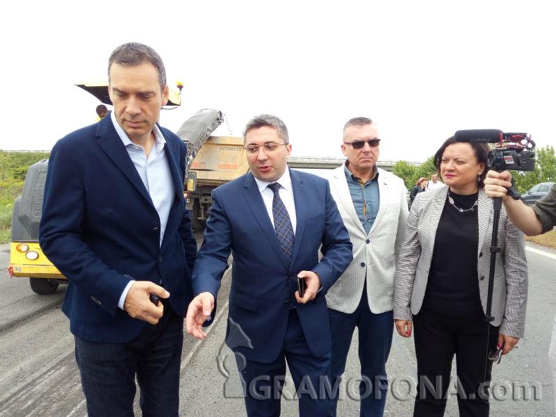Министър Нанков обеща: Варна няма да дърпа конците на Бургас