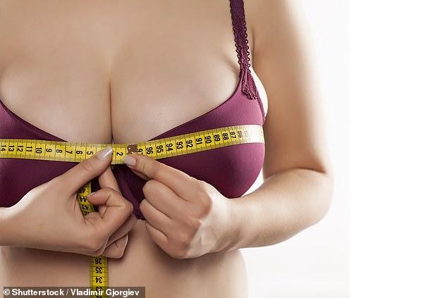 Гърдите на британките се увеличили с три размера, причината обаче не е за завиждане