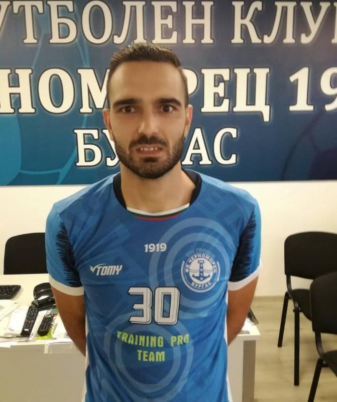 Вратар стана играч номер 1 на Черноморец за август