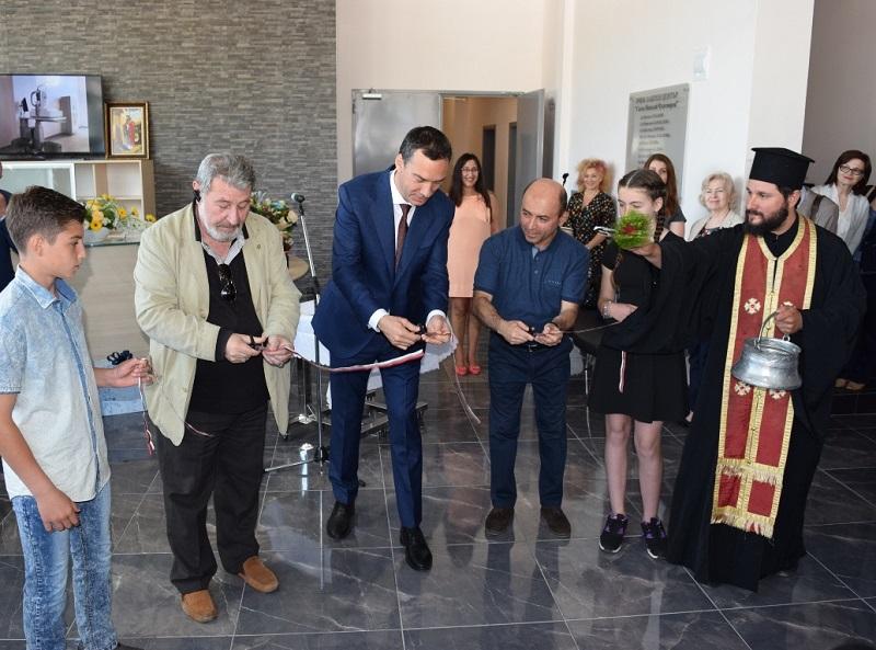 За първи път в Бургас: Специализирано детско отделение в новата очна клиника