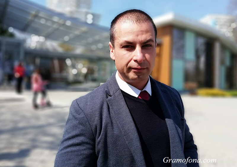 Общинският съветник Живко Табаков иска подмяна на осветлението по Крайбрежната алея в Бургас
