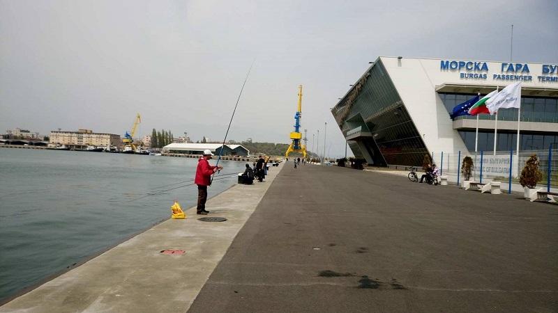 Още места за разходки около Морската гара