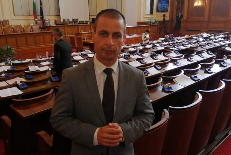 Депутатът Табаков ще поиска комисия по туризъм в парламента за бърза връзка с бранша