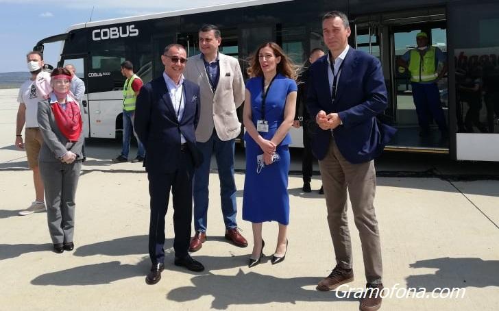 Димитър Николов: Да отпадне задължителната карантина за туристите от бившия соцлагер