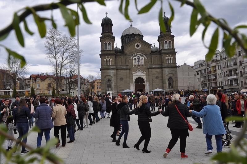 Здравните власти с препоръки за празнуването на Цветница и Великден