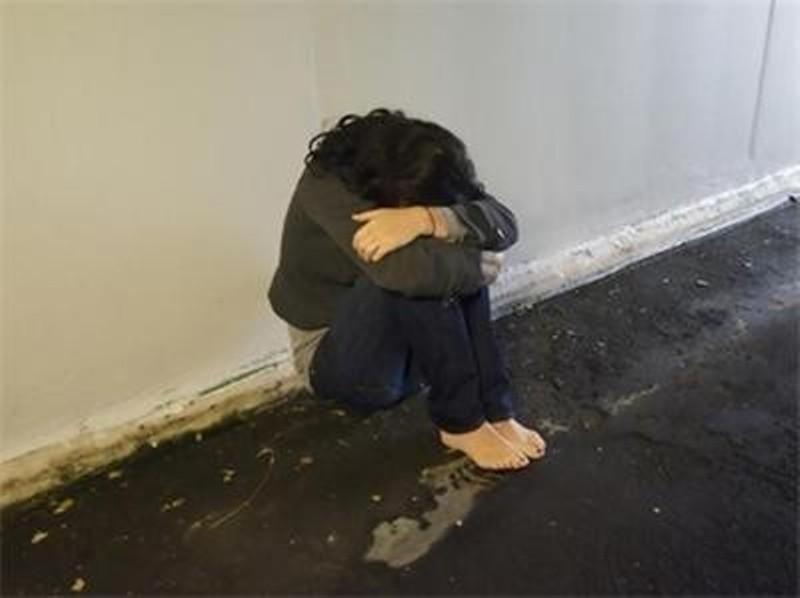 Трима бежанци опитали да изнасилят студентка в Гърция