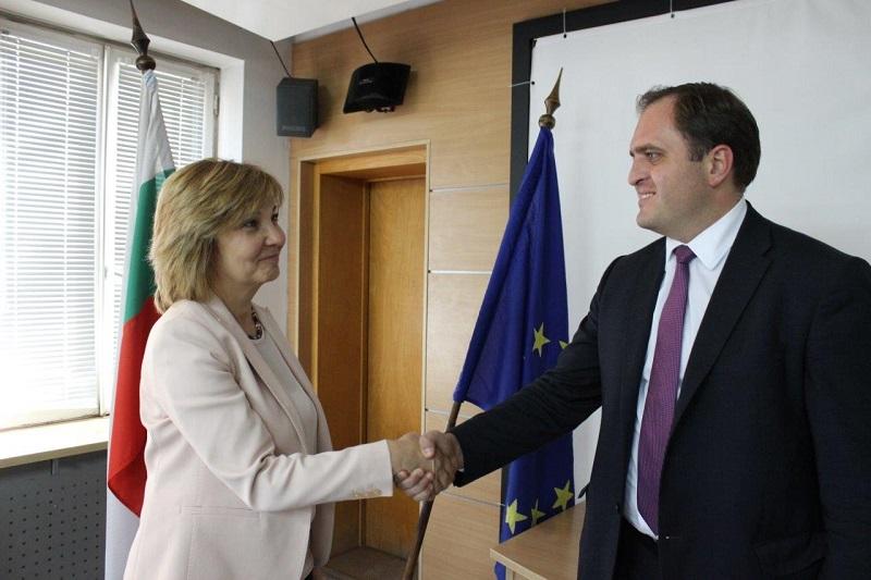 Гръцките данъчни в общи акции с българските си колеги