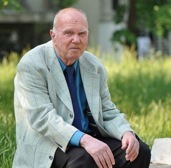 Почина поетът Евтим Евтимов