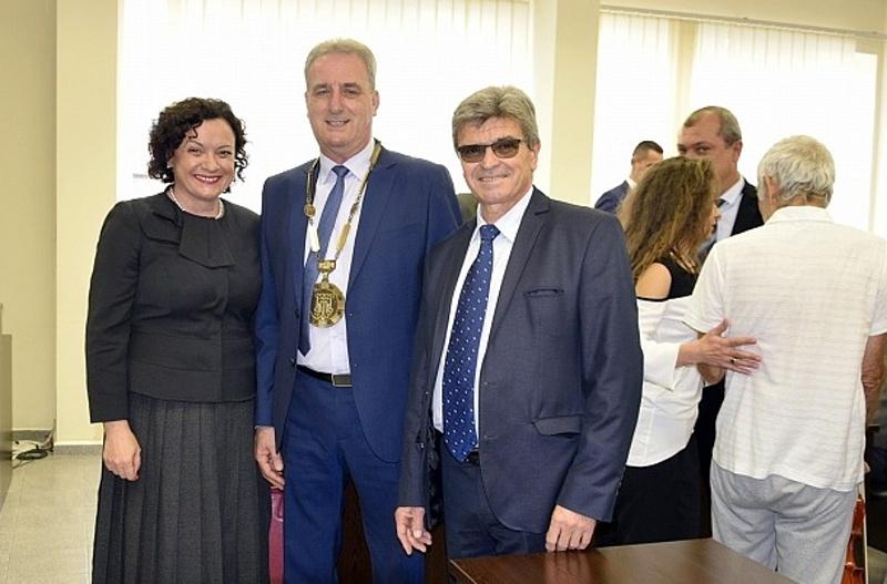 Кметът Васил Едрев и общинските съветници в Айтос се заклеха