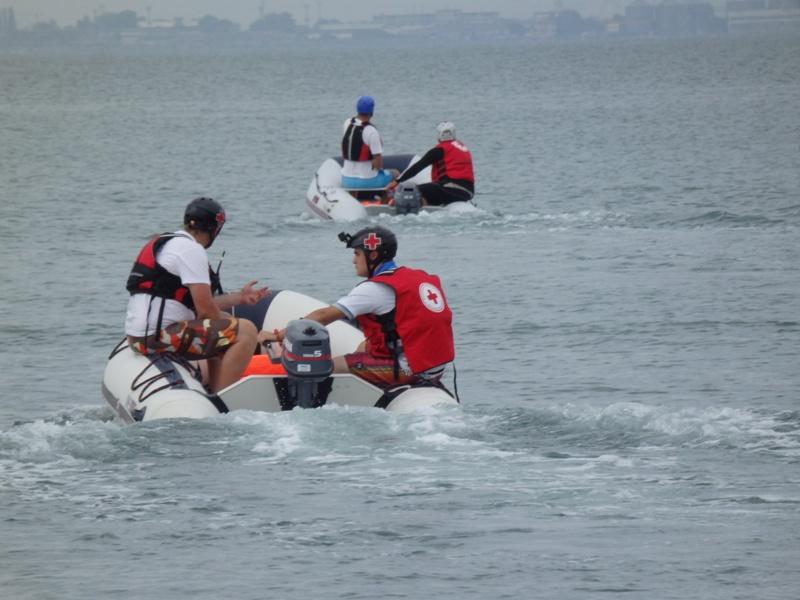 Вижте как се спасяват бедстващи по море
